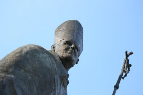 Łowicz - Pomnik Jana Pawła II - (2) #Pomniki