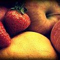Owoceee!!! #truskawki #owoce #pomarancze #jablka
