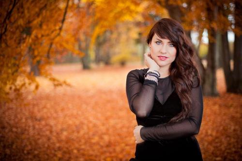 Karolina #kobieta #dziewczyna #portret #strobing #passiv #airking #d700 #jesień #park