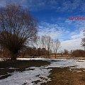 Wiosenne roztopy. #roztopy #przedwiosnie #snieg #zima #wiosna #jezioro #spacer #droga #pola #wiatr