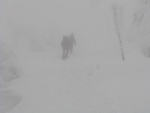 W drodze do schroniska Pod Łabskim Szczytem #Karkonosze #góry #zima #śnieg