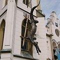 Symbol miasta na budynku ratusza w czeskim Trutnovie #Czechy #Trutnov #smok