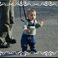 Pierwsze samodzielne kroczki #Jasio #Jaś #synek #syn #przystojny #mężczyzna