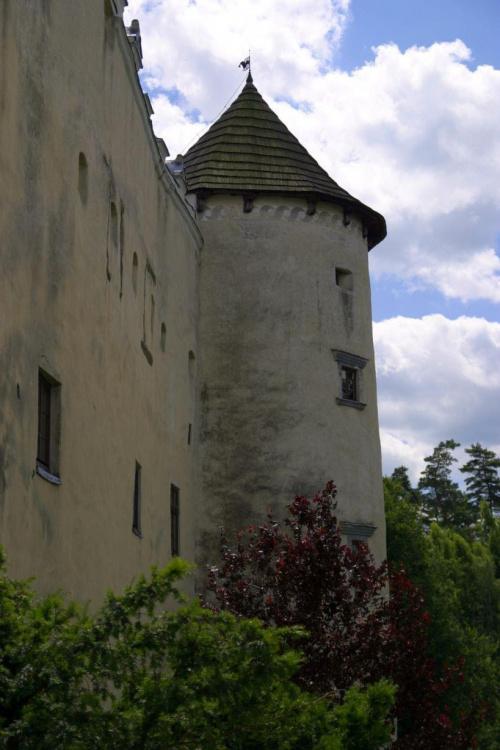 Zamek w Niedzicy. Baszta narożna – fragment zamku dolnego. #zamek #Niedzica
