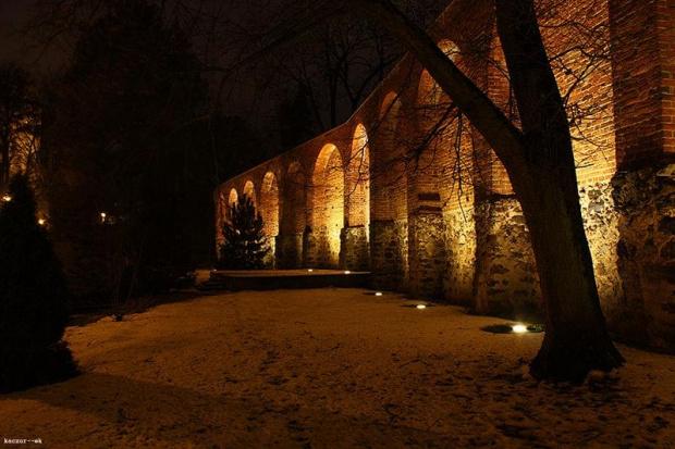 #ruiny #mur #brodnica #noc