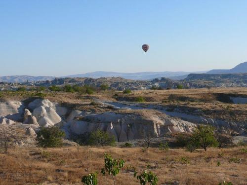 Kapadocja - lot balonem Więcej zdjęć i opisów na stronie: http://obiezyswiat.org/index.php?gallery=2316