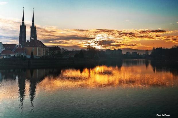 Wschód na Ostrowie #OstrówTumski #wschód #słońce #wrocław #nikon #tamron #passiv #airking