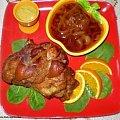 Golonka pieczona w garnku rzymskim Przepisy do zdjęć zawartych w albumie można odszukać na forum GarKulinar . Tu jest link http://garkulinar.jun.pl/index.php Zapraszam. #mięso #wieprzowina #golonka #GarnekRzymski #jedzienie #gotowanie #obiad